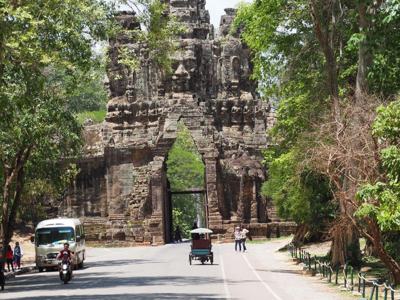 Angkor & Voluntariado –CAMBOYA